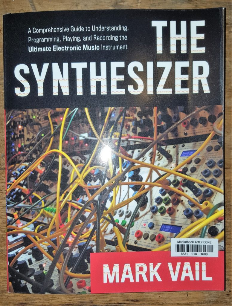 Book The Synthesizer Mark Vail
