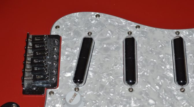 Fender Squier Lip stick pickups Seymour Duncan Designed