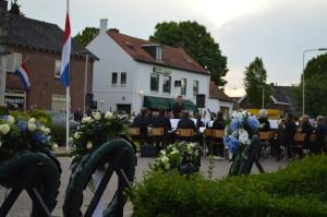 Dodenherdenking georganiseerd door de Historische Kring Elden
