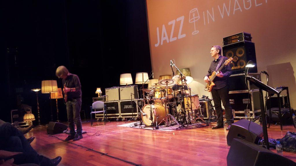 Mike Stern, Tom Kennedy, Dave Weckle en Bob Malach Live in Wageningen